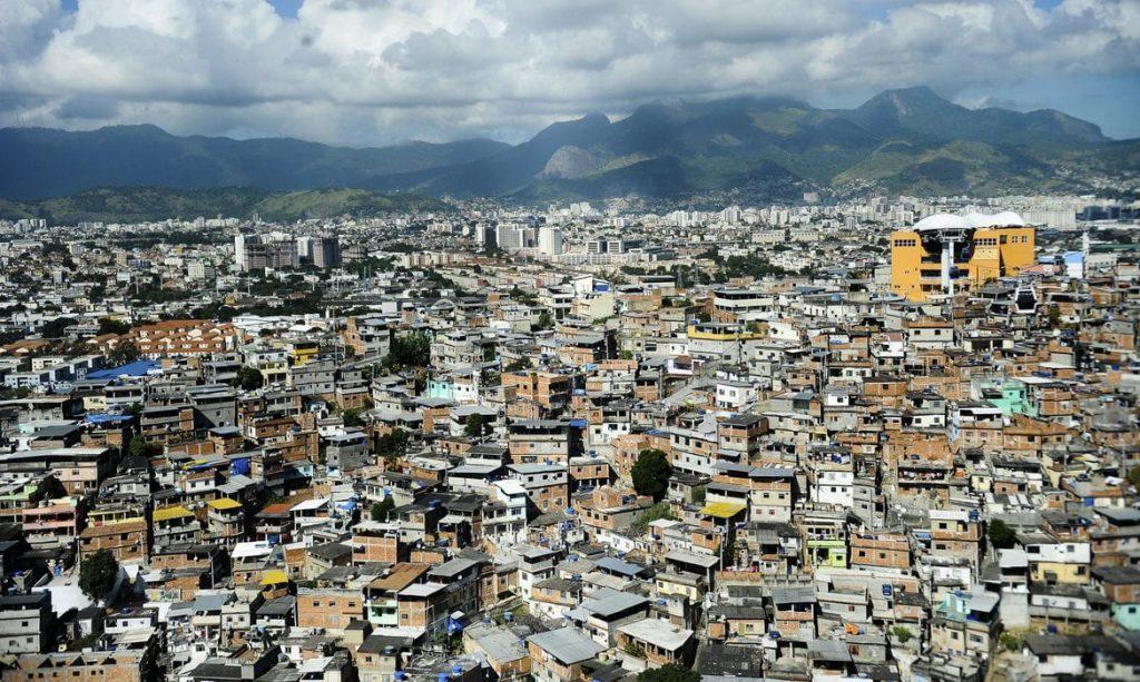 favelas corona